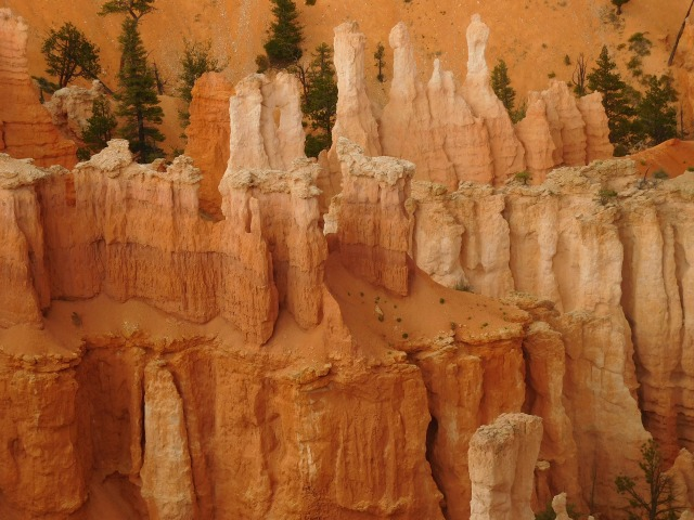BryceHoodooCloseUp copy